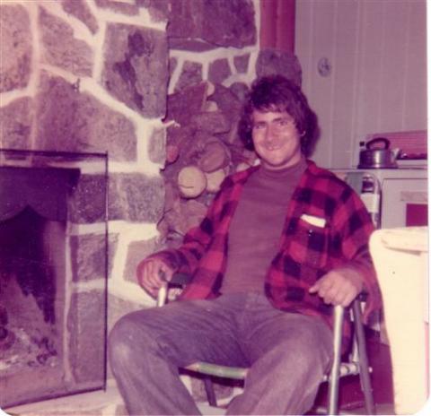 Michel au chalet de Yvon en octobre 1975.