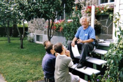 Yvon et ses petits-fils Jean et Louis, les enfants de Christiane, sa fille, et de Jean-Marc Béchard son gendre ainsi que Christian, le garçon de Marco.
